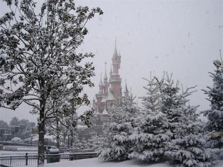 Sneeuw in het Disneyland Park