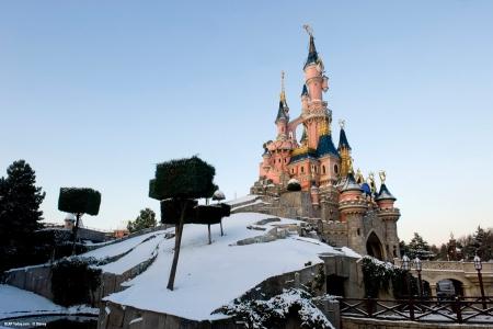 Le Chateau de la Belle au Bois Dormant