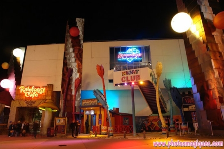 Hurricanes Nightclub