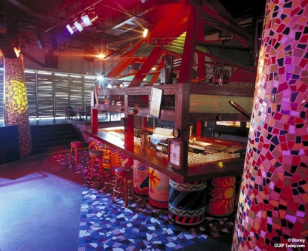 Hurricanes Nightclub
