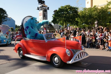 Stars 'n' Cars - Float 4