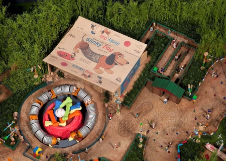 Toy Story Playland (slinky dog zig zag spin - general meeting)